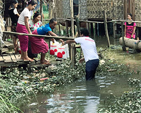 Ooredoo-Myanmar-Sends-Relief-Donations-to-Flood-Victims-in-Mon-State